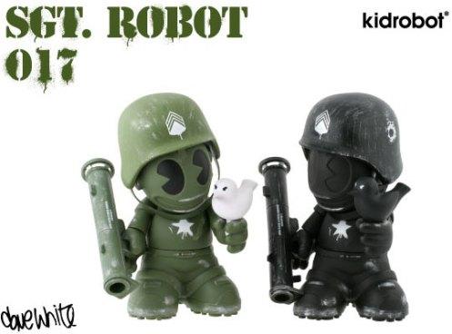 kidrobot-dave-white-sgt-robot-toys